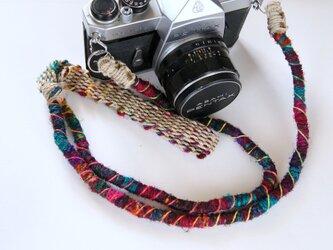 Crazy-color麻紐ヘンプカメラストラップ(2重リング)の画像