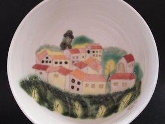 平型鉢 スペインの街からの画像