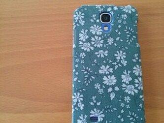 iphoneケース*リバティ生地使用*カペルモスグリーンの画像