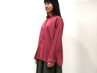 [ボタニカルダイ] サンザシ染 ソフトな綿麻ゆったりシャツ 8514-01014-79の画像