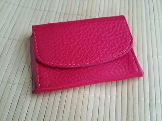 きれいなピンクの3ポケット名刺入れの画像