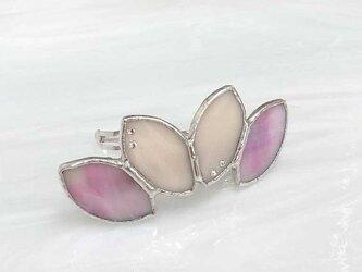 ステンドグラス製バレッタ【Leaf】石竹色(ピンク)の画像