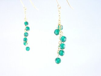 K14GF Swarovski Emerald long pierced earringの画像