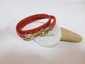 革の手縫いブレスレット ダブル  赤の画像