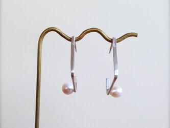 シルバーピアス Square w/pearls Earringsの画像