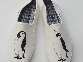 〔メンズ〕ペンギンスリッポン、ホワイト、シューズ、靴、オリジナルの画像