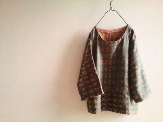 着物リメイク 七分袖つばめ柄プルオーバーの画像