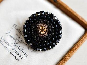 チェコガラスのビーズ刺繍ブローチ*黒の画像