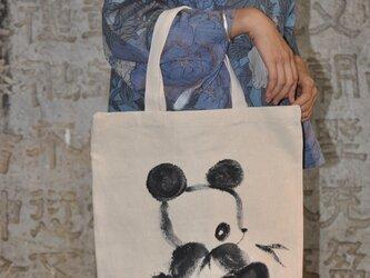 水墨画パンダのエコバッグの画像