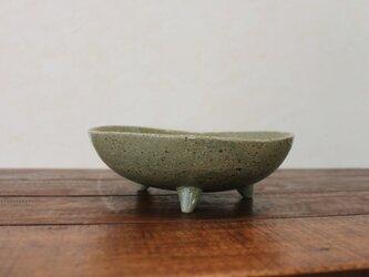 三本脚変形鉢の画像