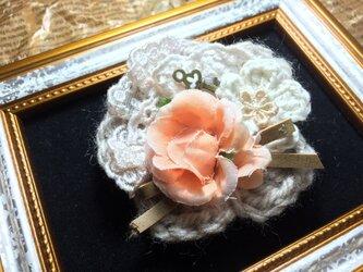 SALEヘアピン(オレンジのばら)〜プレリライン〜の画像