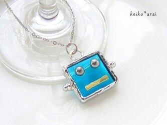 [sold]ステンドグラスネックレス・ロボットフェイス(水色)の画像