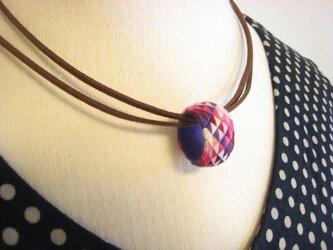 【加賀の指ぬきのネックレス】5色うろこ模様  ❖ 紫 ❖の画像