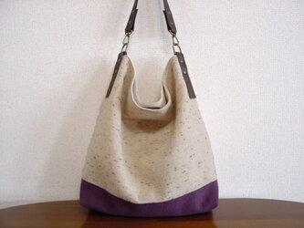 ウールと綿麻(紫)のワンハンドルバッグ(ネップツイード×チョコ色革)の画像