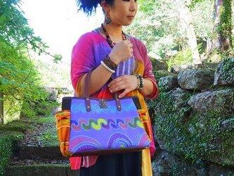ポケットいっぱいトートバッグ 紫 アフリカンプリント生地の画像