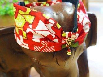 ゆらゆらビーズのオリジナルターバン/アフリカン生地ヘアバンド 赤の画像