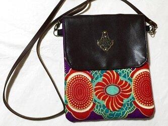 アフリカンプリント生地 紫和柄 アンティークモチーフ付き ショルダーバッグの画像
