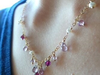 ピンクスピネルネックレスの画像