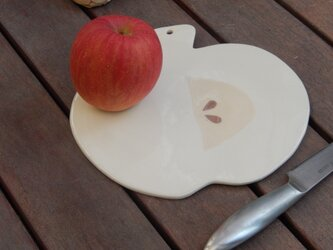 りんごのカッティングボードAの画像