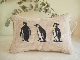 ペンギンのミニクッション 3ショット(長方形)の画像