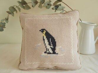 ペンギンのミニクッション サイドショット(正方形)の画像