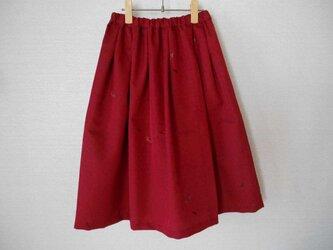 ウール着物地の赤いスカートの画像