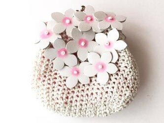 アーモンドの花のがまぐちの画像