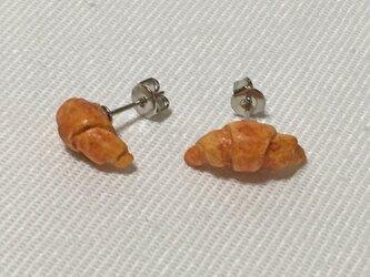 小さなパン屋さんピアス <クロワッサン>(H15007P-4)の画像