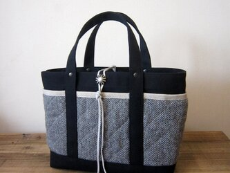 「wool tote」S ブラック×ヘリンボーンの画像