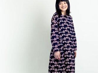 長袖ワンピース 山桜の画像