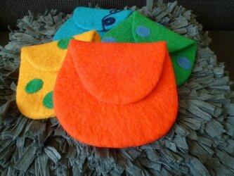 羊毛フェルトのポーチ  オレンジの画像