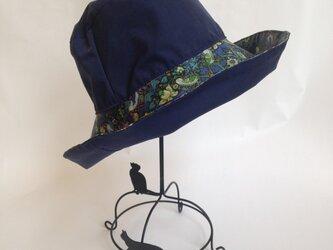 リバティ雨帽子 レインハット リバーシブルの画像