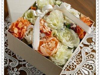 ♡フラワーアレンジBOX四角♡の画像