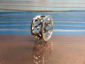Wave hearts 波とハートのリングの画像
