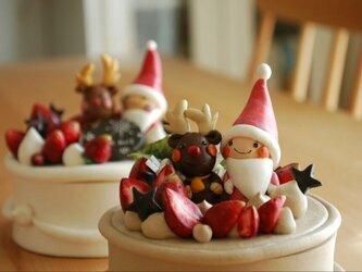 紙粘土のXmasケーキ小物入れ♡生チョコの画像