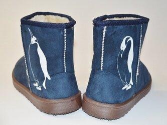 ペンギン ボアブーツ、靴、ネイビー、オリジナルデザイン、シルクスクリーン、冬物ブーツの画像