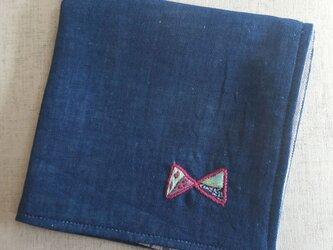 手刺繍入り4重ガーゼハンカチ「リボン2」の画像