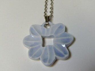 ネックレス 花の画像