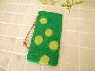 羊毛フェルトのスマホケース(グリーン×パウダーイエロー)iphone6の画像