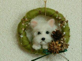 羊毛フェルトのクリスマスオーナメント(犬・テリア)の画像
