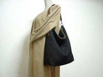 ウールと革のワンハンドルバッグ(黒、ベージュ×モカ茶色革)の画像