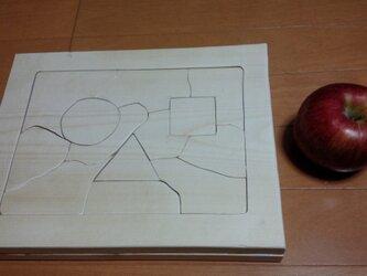 木のパズル ○△□の画像