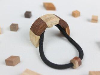 寄木のヘアカフスの画像