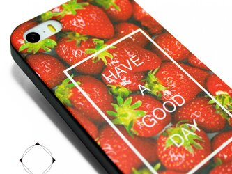 iphone5/iphone5s/iphoneSE用 軽量レザーケースカバー(レッド×ブラック)イチゴ+スカルの画像
