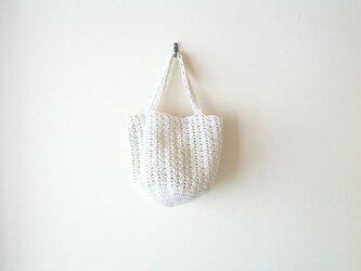 透かし編みのバッグ(きなり)の画像