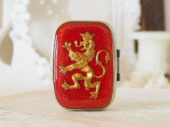 クラシカル小物入れ 紋章ライオンの画像