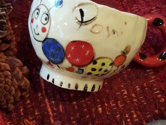 にぎやかマグカップの画像