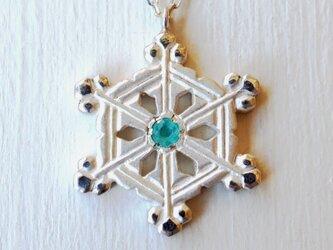 ❄冬限定❄雪の結晶ネックレス(枝の付いた角板・変形)の画像