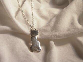 猫の形 銀ペンダント 60の画像