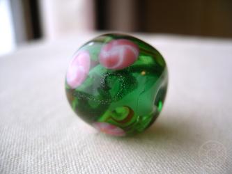 とんぼ玉 緑の画像